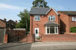 Detached House To Let Street Nottingham Nottinghamshire NG7