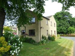Flat To Let Street Cleckheaton West Yorkshire BD19