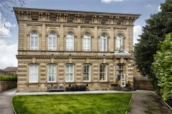 Flat To Let Road Dewsbury West Yorkshire WF13