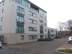 Flat To Let Links Brighouse West Yorkshire HD6