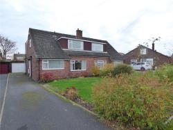 Semi Detached House For Sale Close Roberttown West Yorkshire WF15