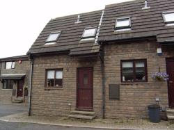 Terraced House To Let Clifton Brighouse West Yorkshire HD6