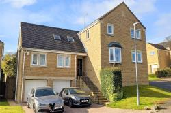 Detached House For Sale  Mirfield West Yorkshire WF14