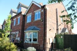 Semi Detached House To Let Drive, Newark Nottinghamshire NG24