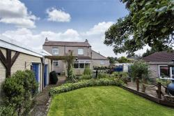 Detached House For Sale Lane Pontefract West Yorkshire WF8