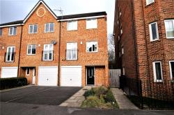 Terraced House For Sale Mount Pontefract West Yorkshire WF8