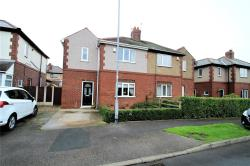 Semi Detached House For Sale Avenue Featherstone West Yorkshire WF7