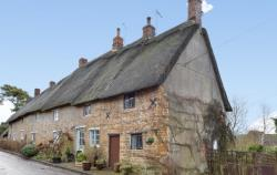 Terraced House For Sale  Mollington Northamptonshire OX17
