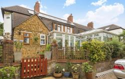 Semi Detached House For Sale Oxfordshire BANBURY Northamptonshire OX17