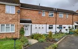 Terraced House For Sale  Kings Sutton Northamptonshire OX17