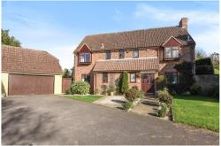 Detached House For Sale  Wendlebury Oxfordshire OX25