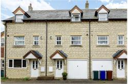 Terraced House For Sale  Bicester Oxfordshire OX2