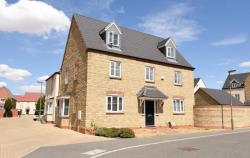 Detached House For Sale Kingsmere Development Bicester Oxfordshire OX26