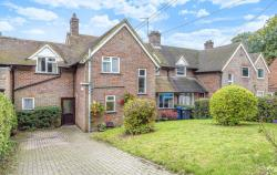 Terraced House For Sale HP23 TRING Hertfordshire HP23