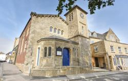 Flat For Sale  Stow-on-the-Wold Gloucestershire GL54