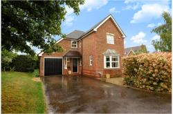 Detached House For Sale  Charvil Berkshire RG1