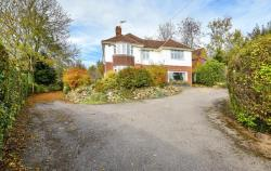 Detached House For Sale RG17 Hungerford Berkshire RG17