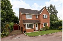 Detached House For Sale  Spencers Wood Berkshire RG7