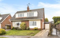 Semi Detached House For Sale Tilehurst Reading Berkshire RG31