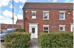 Terraced House For Sale  Langley Berkshire SL3