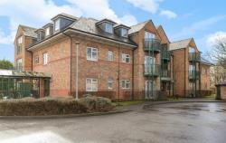 Flat For Sale  Iver Buckinghamshire SL0