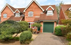 Detached House For Sale  Slough Berkshire SL1
