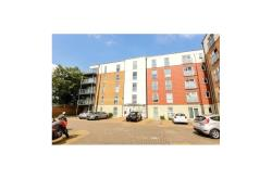 Flat For Sale  Feltham Middlesex TW1