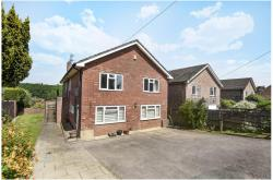 Detached House For Sale  Midgham Berkshire RG7