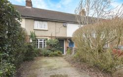 Terraced House For Sale  Wolverton Common Hampshire RG26