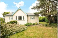 Detached Bungalow For Sale  Wraysbury Middlesex TW1