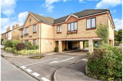 Flat For Sale  Egham Middlesex TW2