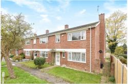Terraced House For Sale  Wokingham Oxfordshire RG4