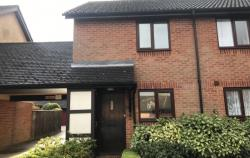 Terraced House To Let  Amersham Buckinghamshire HP6