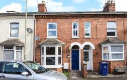 Terraced House To Let  Banbury Oxfordshire OX16