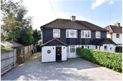 Semi Detached House To Let  Chesham Buckinghamshire HP5