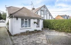 Semi Detached House To Let HP5 Hill Buckinghamshire HP5