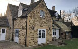 Detached House To Let  Kingham Oxfordshire OX7