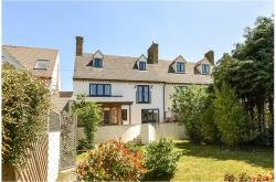 Semi Detached House To Let  Woodstock Oxfordshire OX20