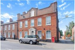 Flat To Let  Newbury Berkshire RG14