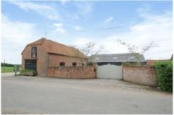 Detached House To Let  Enborne Hampshire RG20