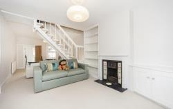 Terraced House To Let  Richmond Middlesex TW10