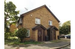 Semi Detached House To Let  Colnbrook Berkshire SL3