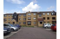 Flat To Let  Feltham Middlesex TW13