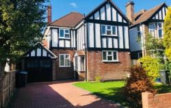 Terraced House To Let  Sutton Surrey KT4