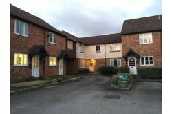 Flat To Let  Thatcham Hampshire RG19