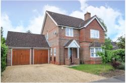 Detached House To Let  Aldermaston Berkshire RG7