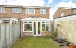 Semi Detached House To Let  Witney Oxfordshire OX28