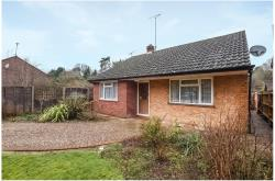 Detached Bungalow To Let  Finchampstead Berkshire RG40
