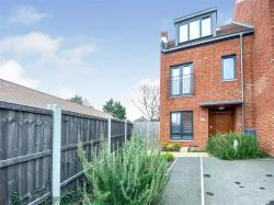 Terraced House For Sale Brookmans Park Hatfield Hertfordshire AL9