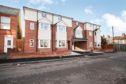 Flat For Sale Empress Road Luton Bedfordshire LU3